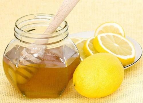 lemon-juice-and-acne-treatment
