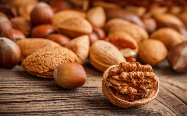 6 Useful Health Benefits of Nuts