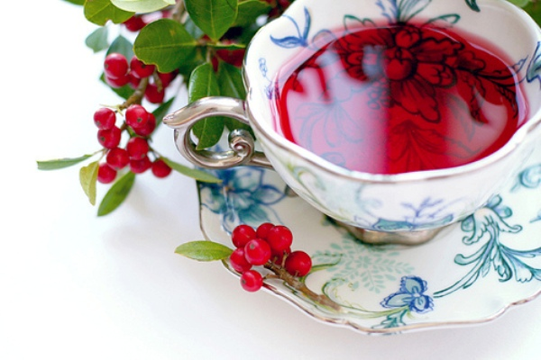 benefits of cranberries and pomegranates